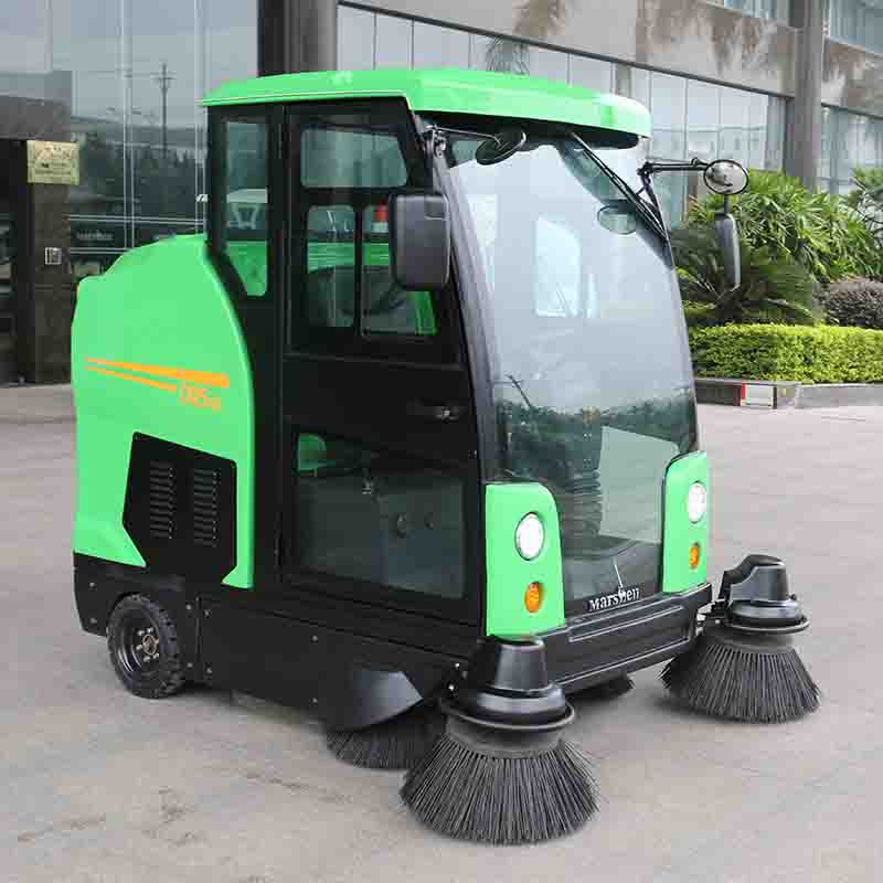 Electric Ride on Street Sweeper