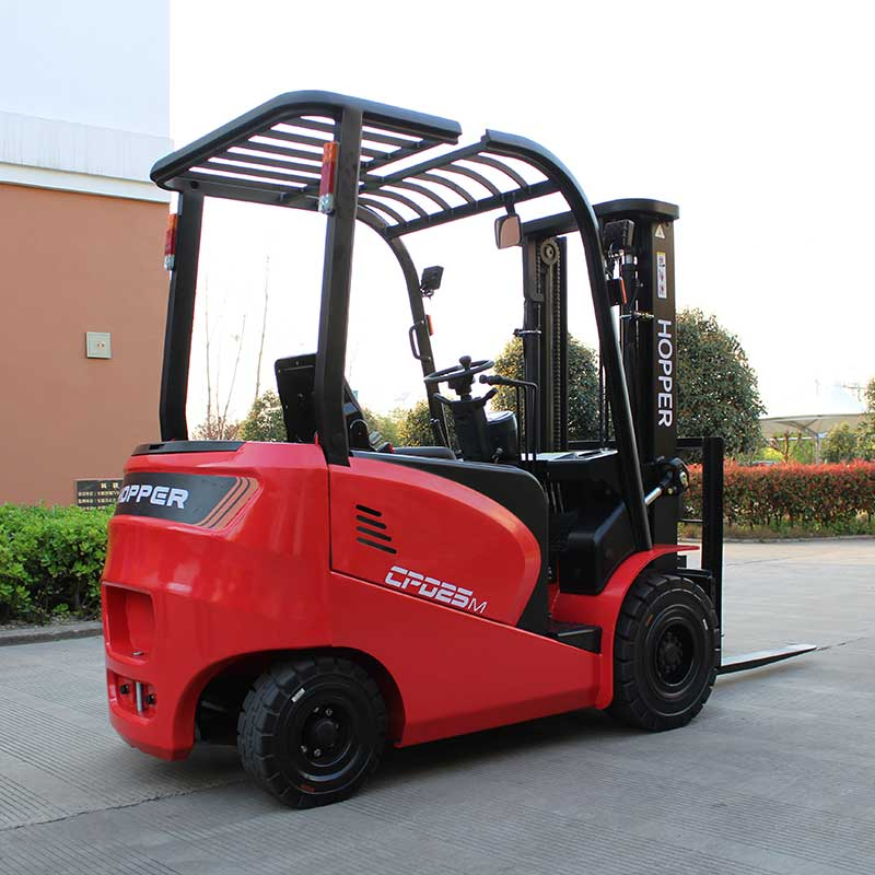 electric counterbalance truck